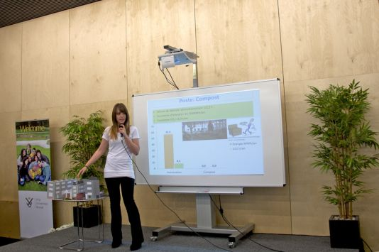 A student from the Institut des Sacrés-Cœurs presents a model of her school.