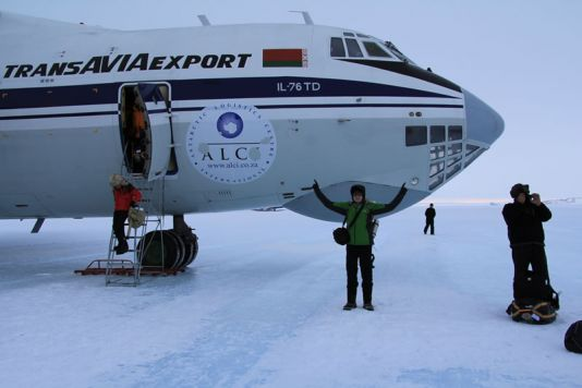 Koen's first steps on Antarctic soil...or ice rather. At the Russian Novolazarevskaya, waiting for a plane to take him to the PEA station
